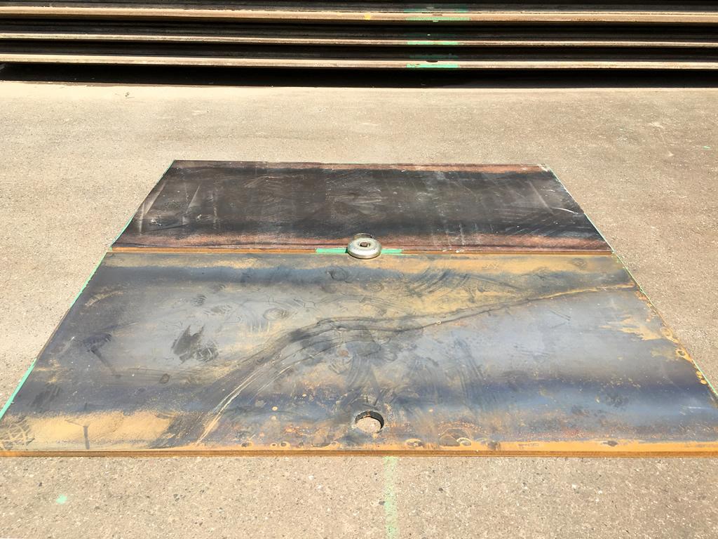 敷 鉄板 サイズ